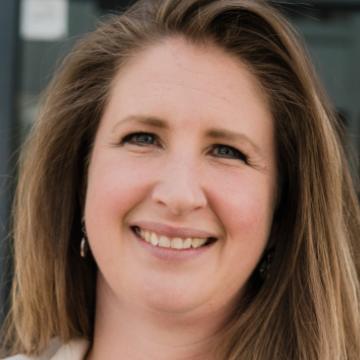 Dr. Michelle Chrétien